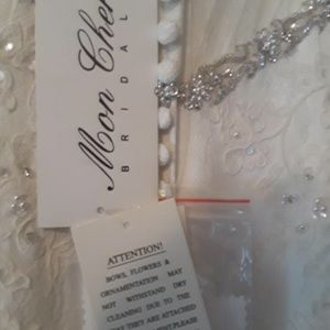 Mon Cheri wedding dress. NWT